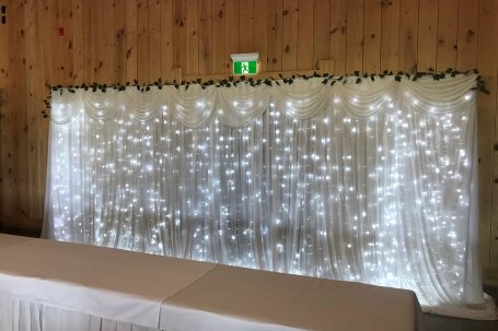Free standing frame-material and lights extra