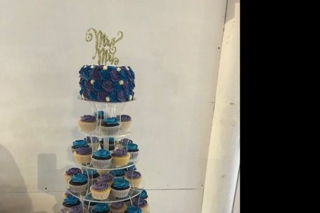 CAKE STAND PERSPEX 7 TIER