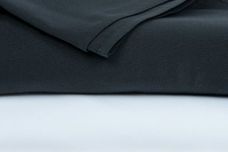 Table cloth round black 3mtr